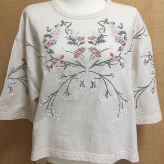 ファーファー(fur fur)のエンブロイダリーフラワーTシャツ(Tシャツ(半袖/袖なし))