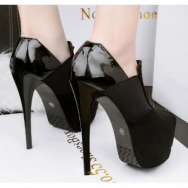 ころろん様専用です。チャック ハイヒール パンプス 高級感 ブラック37 2足 レディースの靴/シューズ(ハイヒール/パンプス)の商品写真