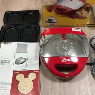 ディズニー(Disney)の新品未使用*ミッキー ワッフルメーカー(調理機器)