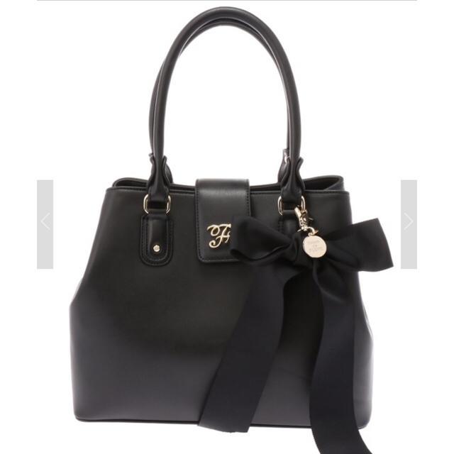 Maison de FLEUR(メゾンドフルール)の送料込 リボンハンドルトートバッグ ブラック M レディースのバッグ(トートバッグ)の商品写真