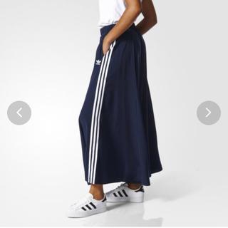 アディダス(adidas)のadidas オリジナルス スカート3 STRIPES LONG SKIRT(ロングスカート)