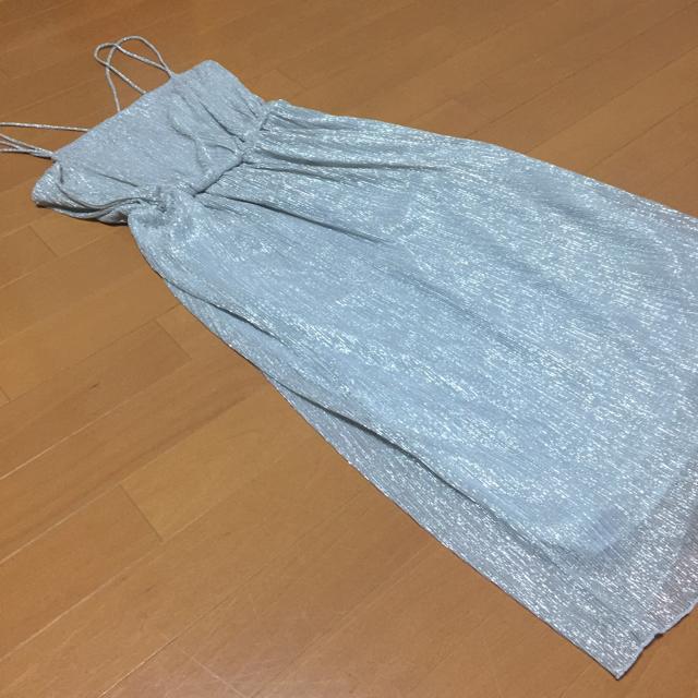 ZARA(ザラ)のZARA☆メタリックワンピース レディースのスカート(ひざ丈スカート)の商品写真