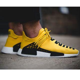 adidas 黄色 スニーカー