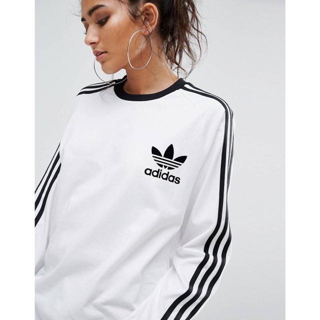 adidas(アディダス)のアディダスオリジナル★3ストライプロンT/ホワイト レディースのトップス(Tシャツ(長袖/七分))の商品写真