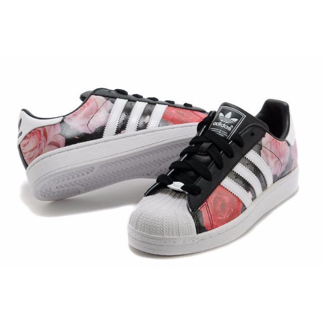 adidas(アディダス)の人気美品 アディダス スニーカー お洒落 男女兼用 レディースの靴