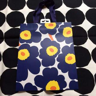 マリメッコ(marimekko)の【新品未使用】マリメッコ ウニッコ柄 紙袋 ペーパーバッグ(その他)
