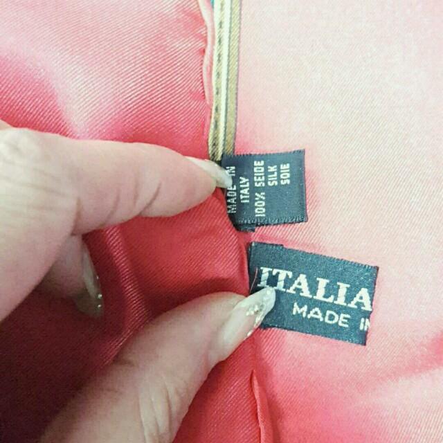 c3a2c3e51b30 LONGCHAMP(ロンシャン)のロンシャン シルク スカーフ タッセル柄 レディースのファッション小物(バンダナ