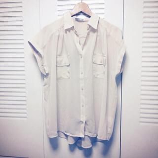 ジーユー(GU)の☆りい様専用☆(シャツ/ブラウス(半袖/袖なし))