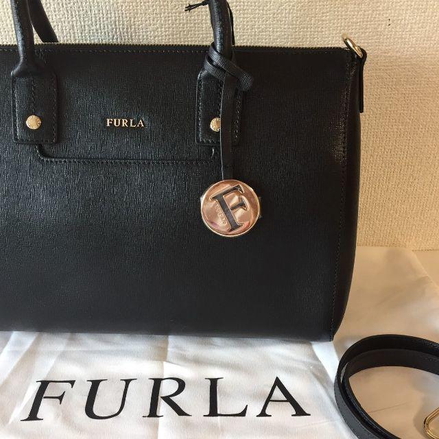 Furla(フルラ)のFURLA フルラ LINDA M SATCHEL ブラック ハンドバッグ レディースのバッグ(ハンドバッグ)の商品写真