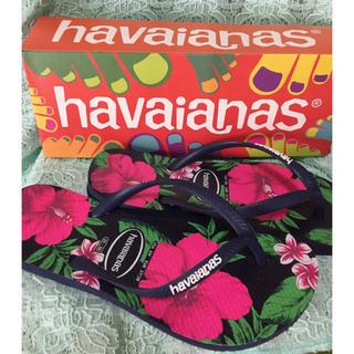 ハワイアナス(havaianas)のハワイアナス ビーチサンダル ハイビスカス柄 23~23.5(ビーチサンダル)