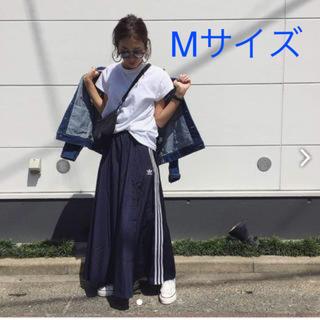 アディダス(adidas)のadidas Originals ロングスカート ネイビー Mサイズ (ロングスカート)