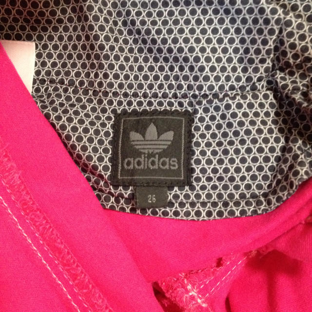 adidas(アディダス)の αdidas レディースのパンツ(カジュアルパンツ)の商品写真