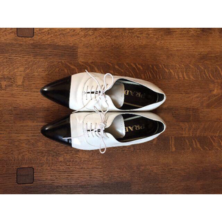 プラダ(PRADA)のPRADA  プラダフラットシューズ(ローファー/革靴)
