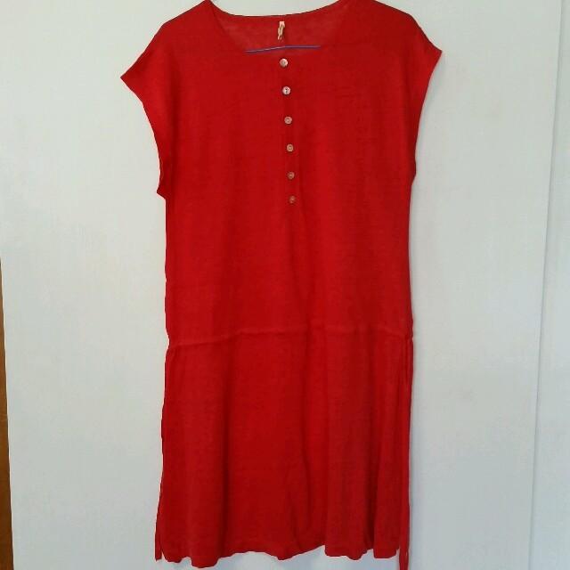 gaminerie(ギャミヌリィ)の赤ニットワンピース レディースのワンピース(ひざ丈ワンピース)の商品写真