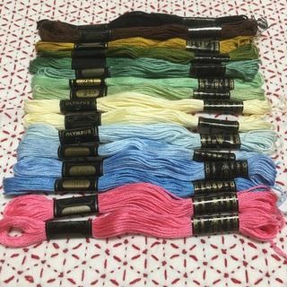 オリンパス(OLYMPUS)のオリムパス25番刺繍糸 16本セット   (生地/糸)