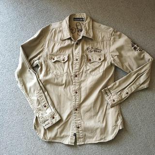 エムシーディーマシン(M.C.D MACHINE)のMCDシャツ ジャケット ガッチャ(シャツ)