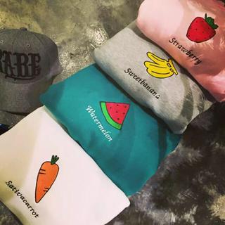 原宿 韓国 フルーツ 刺繍 果物 Tシャツ ユニーク
