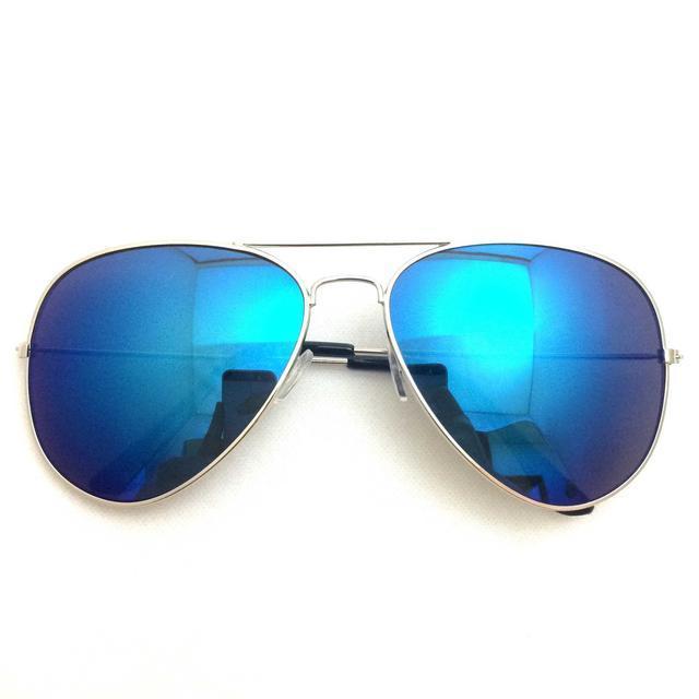 【送料込】ブルーレンズ×ティアドロップ レディースのファッション小物(サングラス/メガネ)の商品写真