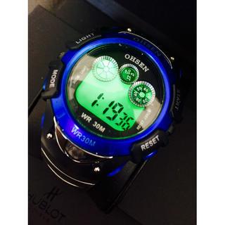 【輸入時計】爽やかなブルー★多機能メンズデジタル腕時計Ohsen(腕時計(デジタル))