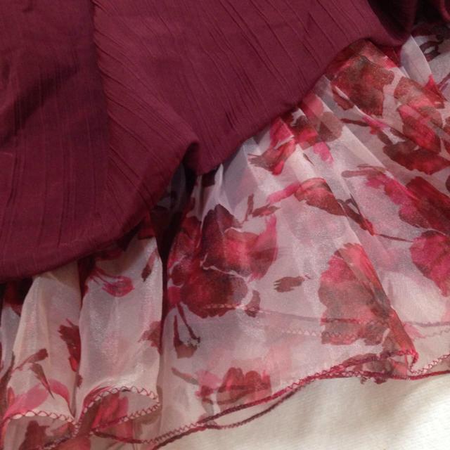 snidel(スナイデル)のベアトップ アシメ 花柄 レッド ワインレッド レディースのワンピース(ミニワンピース)の商品写真