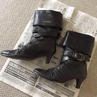 オゥバニスター(AU BANNISTER)のオゥバニスター ミディアムブーツ ブラック(ブーツ)