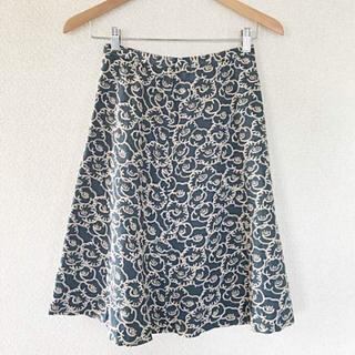 ミナペルホネン(mina perhonen)のサリー スコット 刺繍 スカート(ひざ丈スカート)