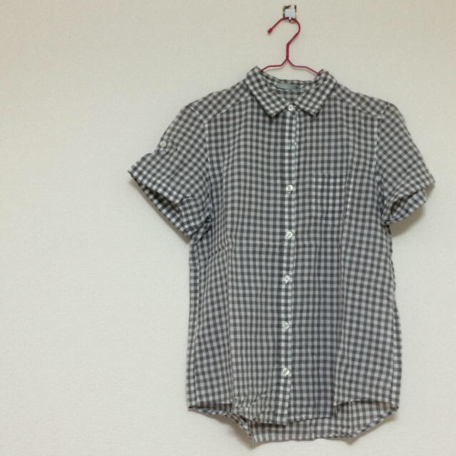 GU(ジーユー)のギンガムチェック レディースのトップス(シャツ/ブラウス(半袖/袖なし))の商品写真