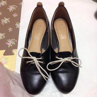 ヌォーボ(Nuovo)の中古品フェア 黒のパンプス(ローファー/革靴)