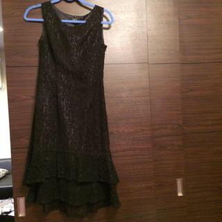 シマムラ(しまむら)の裾フリル付き黒のレース柄のドレス7AR しまむら(ミディアムドレス)