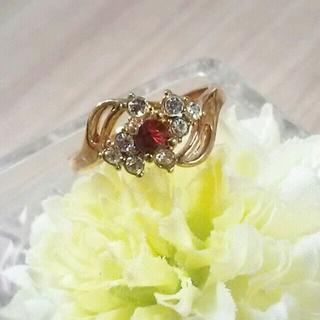 たま子さま!ヴィンテージ★ガーネットカラーの可憐なリング指輪(リング(指輪))