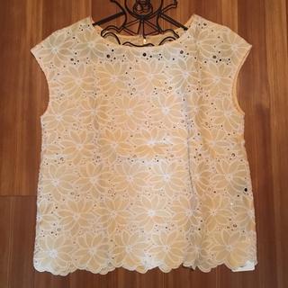 デミルクスビームス(Demi-Luxe BEAMS)の新品未使用♡Demi Luxe BEAMS♡フラワーブラウス(Tシャツ(半袖/袖なし))