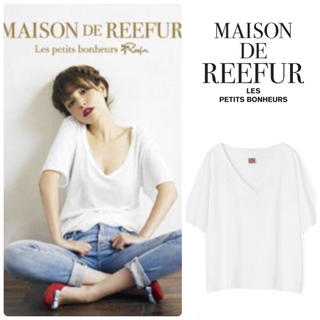 Maison de Reefur(メゾンドリーファー)の【美品】メゾンドリーファー Rロゴ入り VネックTシャツ 白 カットソー レディースのトップス(Tシャツ(半袖/袖なし))の商品写真
