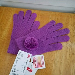 ジーユー(GU)の★新品タグ付き!GU 子供用手袋 ヒートテック タッチパネル対応 パープル 紫★(手袋)