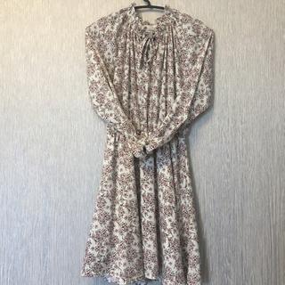 ディーホリック(dholic)の flower dress(ミニドレス)
