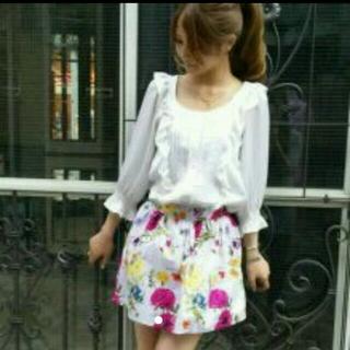 ニーナミュウ(Nina mew)のMサイズ  花柄 スカート(ミニスカート)