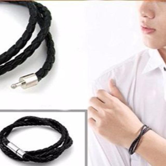 編み込み ブレスレット メンズ ブラック  メンズのアクセサリー(ブレスレット)の商品写真