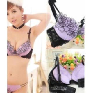 【新品未使用】ローズ刺繍 ブラショーツセットB70(ブラ&ショーツセット)