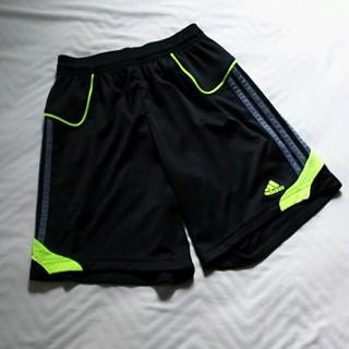アディダス(adidas)のアディダス ショートパンツ(パンツ/スパッツ)