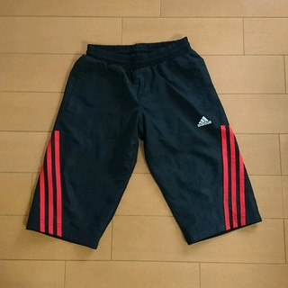 アディダス(adidas)の《アディダス》ハーフパンツ 130(パンツ/スパッツ)