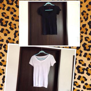 エルエヌエー(LnA)のLNAのホワイト、ブラック二枚組Tシャツ(Tシャツ(半袖/袖なし))