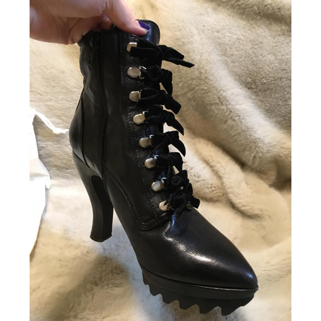 """G.V.G.V.(ジーヴィジーヴィ)の""""G.V.G.V."""" LACE UP リボン ショートブーツ  レディースの靴/シューズ(ブーツ)の商品写真"""