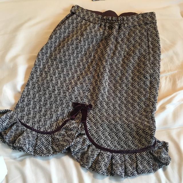 F i.n.t(フィント)のFi.n.t フリルタイトスカート レディースのスカート(ひざ丈スカート)の商品写真