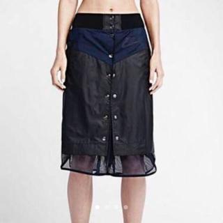 サカイ(sacai)のNIKE×sacai美品ウインドランナースカートXSブラックネイビーlabDSM(ひざ丈スカート)