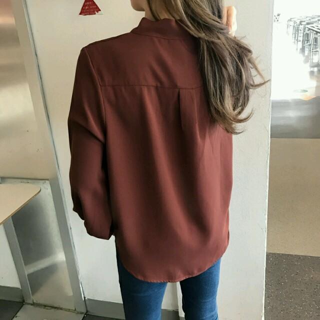 ミディアム 長袖 トップス ブラウス シャツ 夏 無地 グレー ブラウン M レディースのトップス(シャツ/ブラウス(長袖/七分))の商品写真