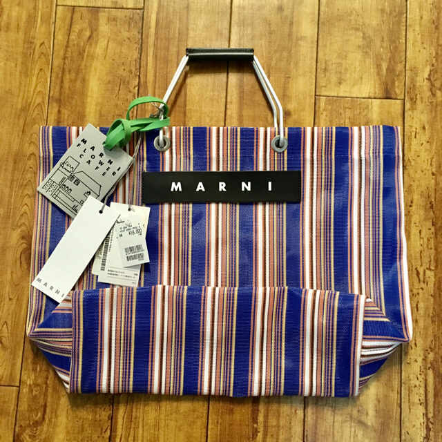 Marni(マルニ)のe様専用!!!!MARNIカフェバッグ ブルー レディースのバッグ(トートバッグ)の商品写真