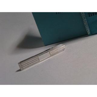 ティファニー(Tiffany & Co.)の正規美 ティファニー 鏡面×ストライプネクタイピンSV925 ヘアラインタイピン(ネクタイピン)