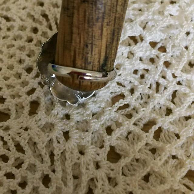 コンチョ リング シルバー フリーサイズ ハート ハンドメイドのアクセサリー(リング)の商品写真