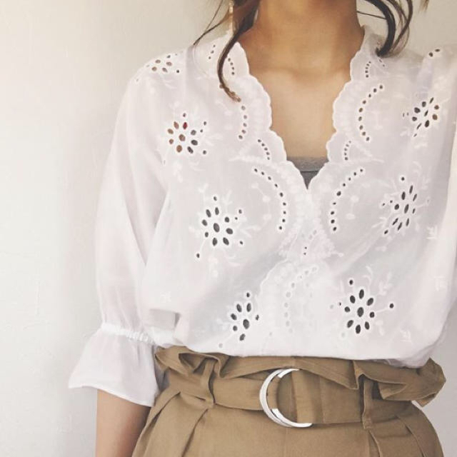 GU(ジーユー)のsakura様専用 レディースのトップス(シャツ/ブラウス(半袖/袖なし))の商品写真