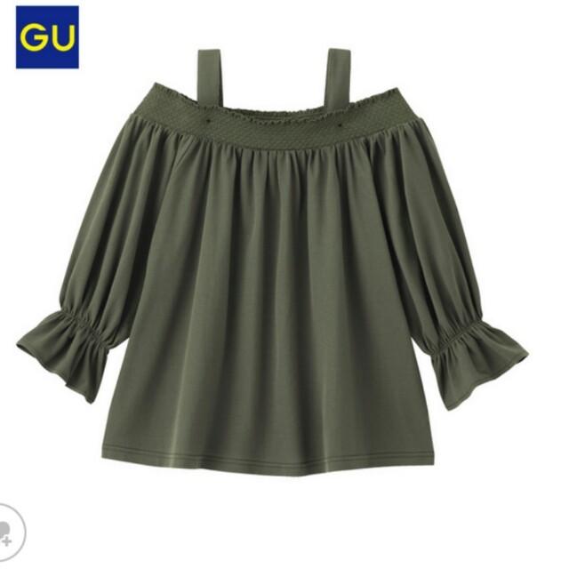 GU(ジーユー)のなみなみ様専用 新品タグ付❤オフショルダーT レディースのトップス(Tシャツ(長袖/七分))の商品写真