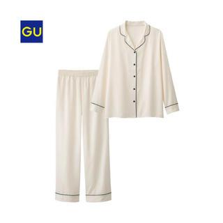 ジーユー(GU)の【完売商品 新品 未使用 タグ付き‼︎】GU☆パジャマ サテン(パジャマ)